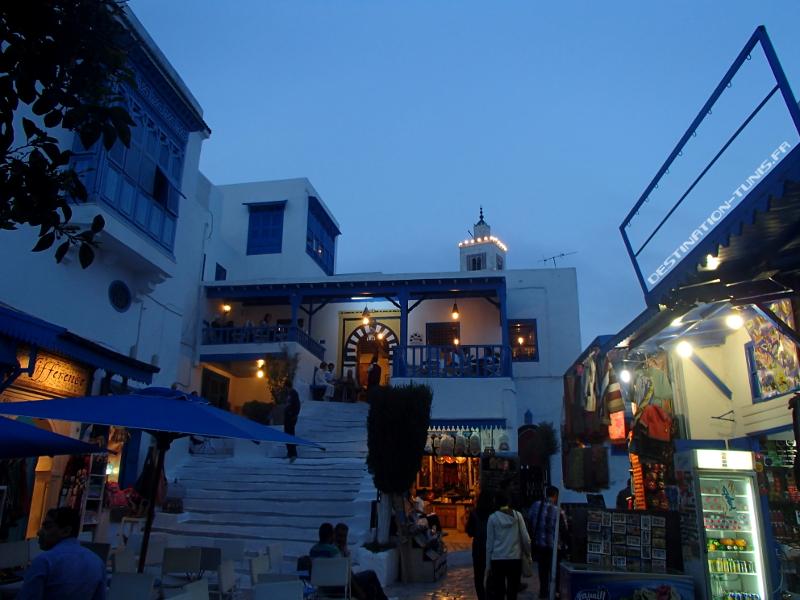 Le Café des Nattes, en début de soirée