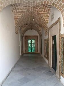 Le couloir d'accès au mausolée