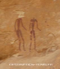 Aïn Khanfous : un couple dessiné sur la paroi
