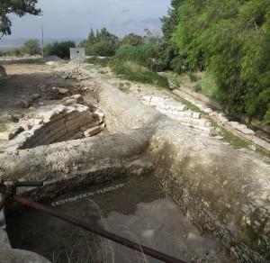 Les premiers mètres de l'aqueduc au Temple des Eaux