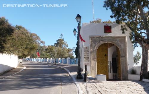 Porte d'entrée du domaine du Baron d'Erlanger