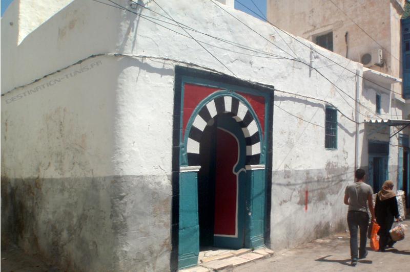 Entrée du hammam Daouletli