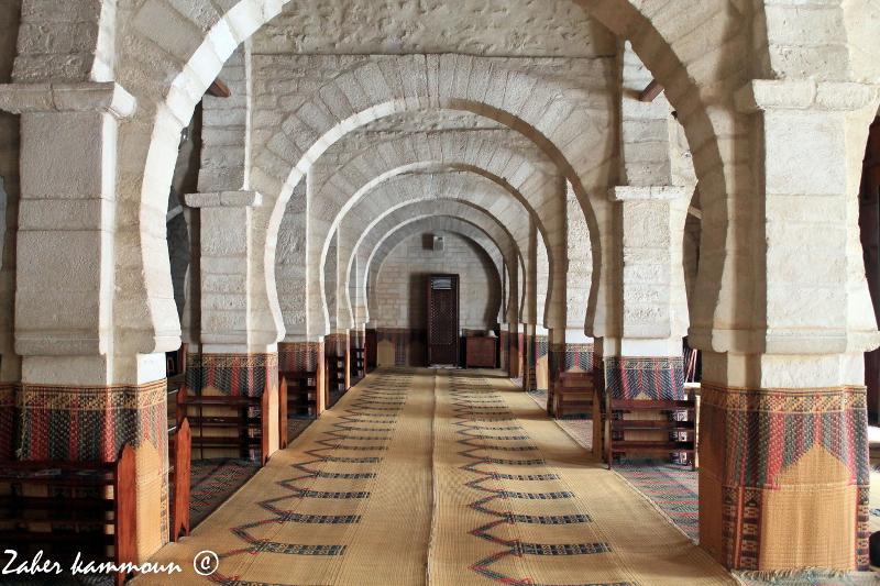 La salle de prière de la Grande Mosquée, dans la médina de Sousse
