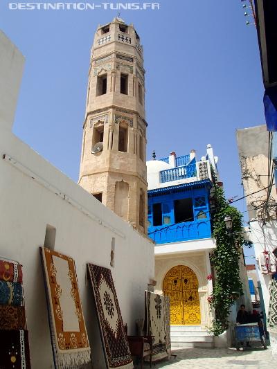 Le minaret de la zaouïa Zakkak dans la médina de Sousse