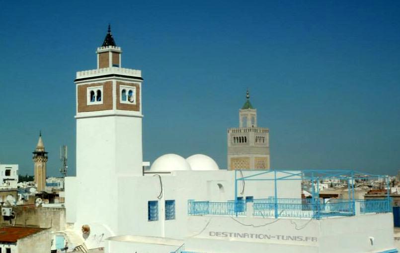 Vue sur les minarets de la Zitouna (à droite) et de Hamouda Pacha (au fond à gauche)