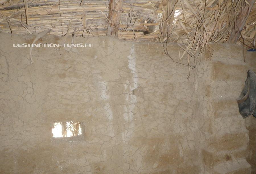 L'étable de l'Eco Ferme, construite en adobe