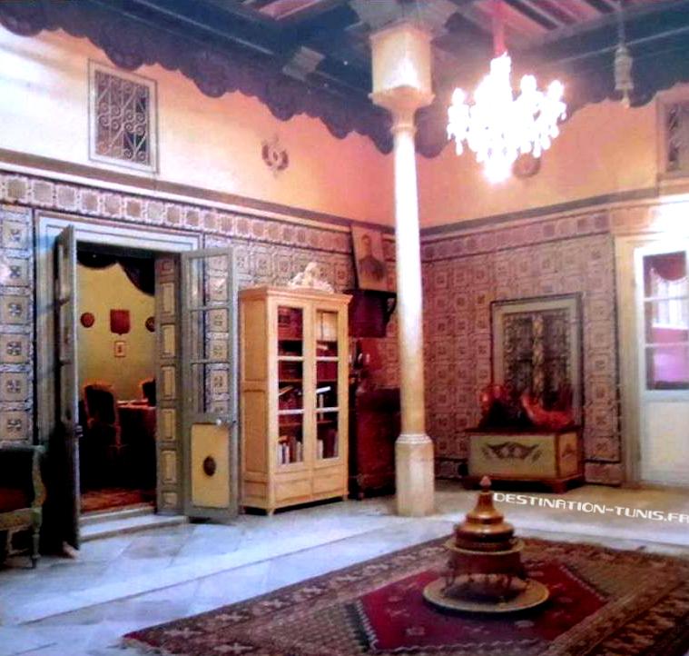 Patio de la maison des hôtes de dar Jellouli