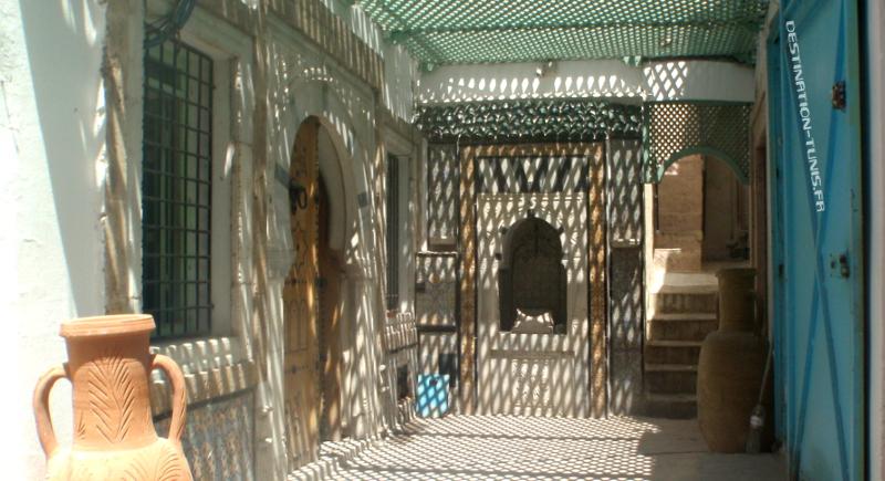 Le souk es sakajine, un peu d'ombre parfois bienvenue