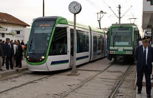 L'ancien et le nouveau métro de Tunis