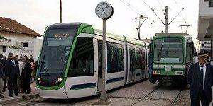 ancien-et-nouveau-tram-metro-de-Tunis
